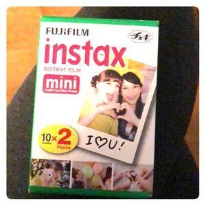 Instan mini instant film